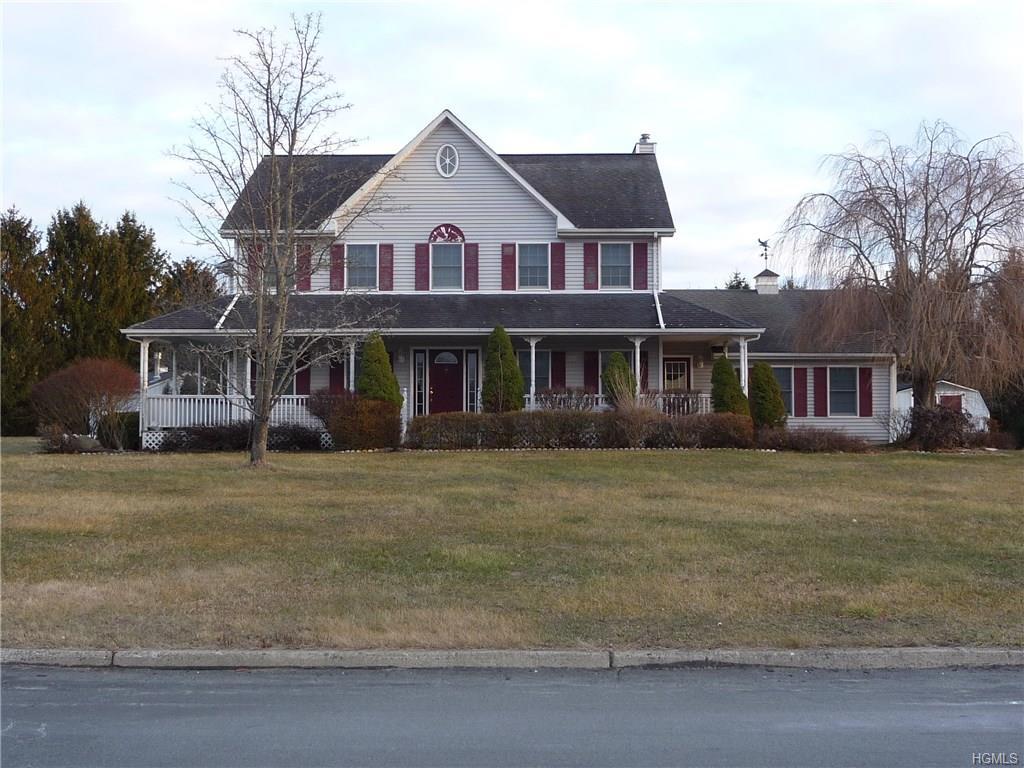 18 Bristol Drive, Middletown, NY 10941