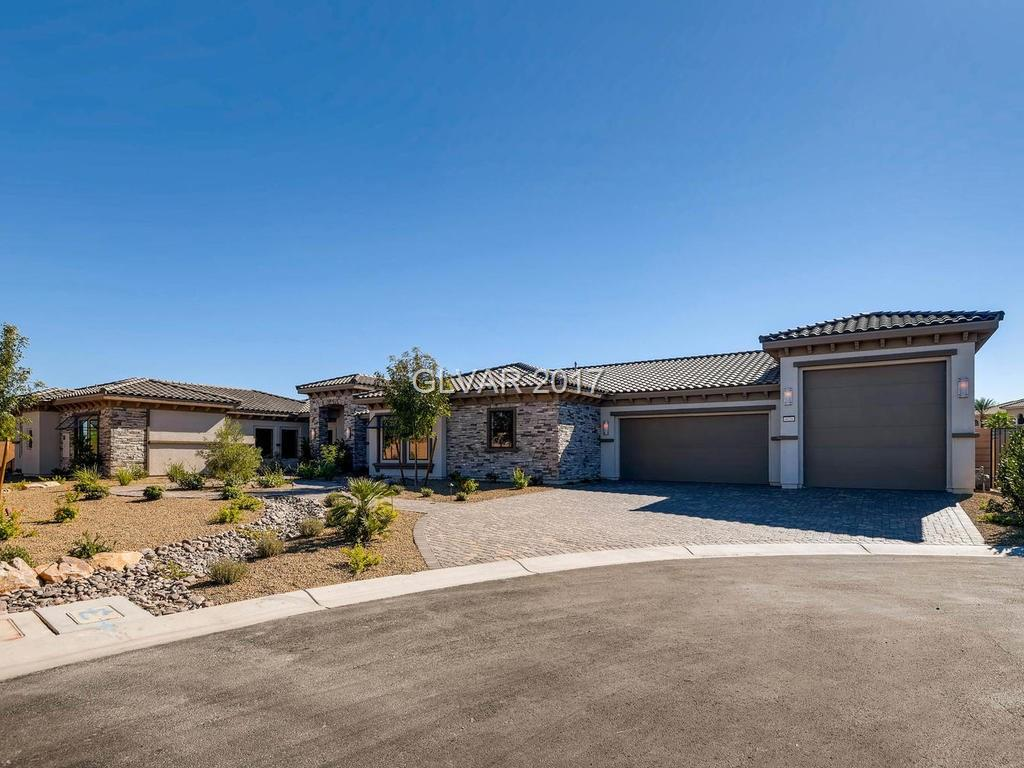 6026 SKYLINE POINT Drive, Las Vegas, NV 89149