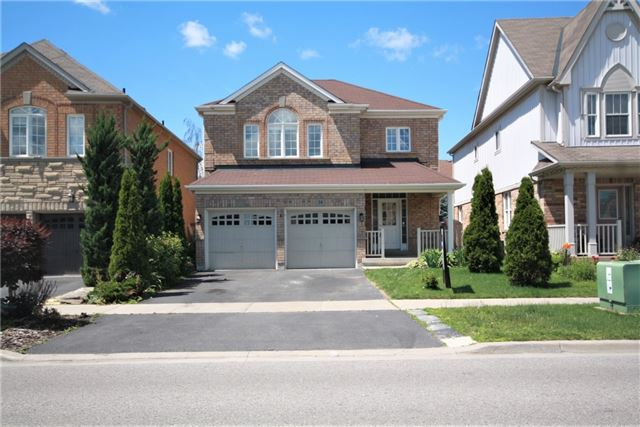 34 Middlecote Dr, Ajax, ON L1T 0A4