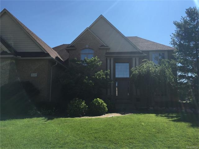 1329 CLEAR CREEK, Rochester Hills, MI 48306