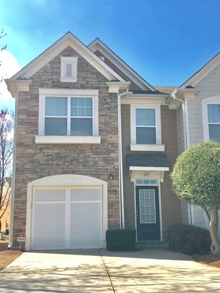 Don't miss the opportunity to own this three bedroom, two and a half bath END UNIT in Ellison Lakes!!! This home features large rooms throughout, family room with fireplace, open floor plan, and fresh interior paint! Move in ready and calling your name! Live conveniently in this fabulous swim community with quick access to I-75, KSU, Lakepoint Sports!
