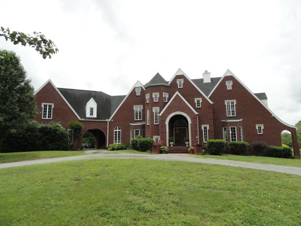 111 Cherokee Drive, Shelbyville, TN 37160