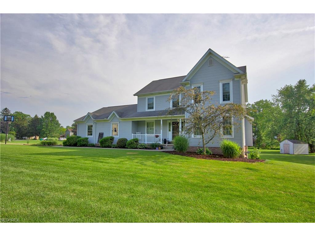 13737 Peppertree Ave NW, Mogadore, OH 44260