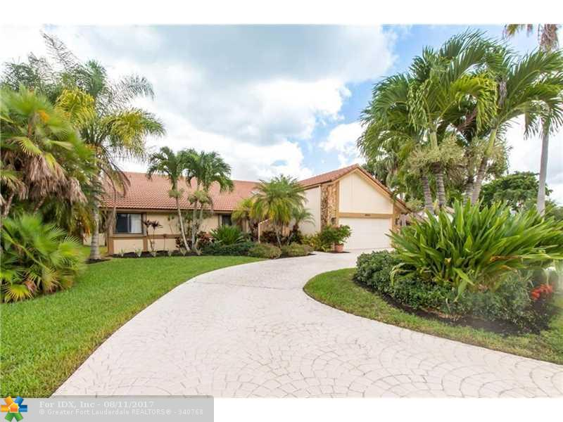 8404 NW 80th Ct, Tamarac, FL 33321