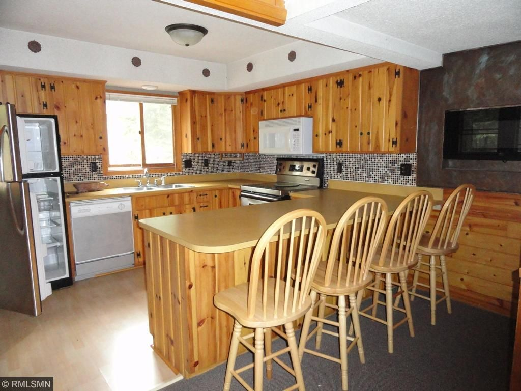 6889 Lake Lawrence Trail NE, Outing, MN 56662