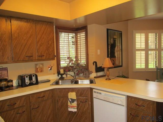 Photo 3 for Listing #229915