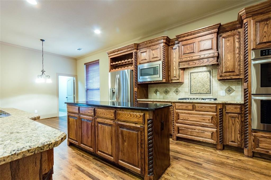 24 Secluded Pond Drive, Frisco, TX 75034