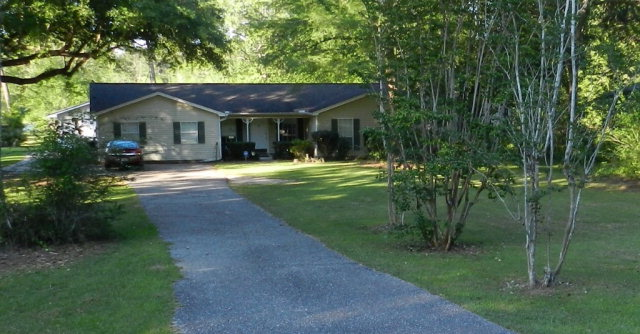 9392 Clarke Ridge Road, Foley, AL 36535