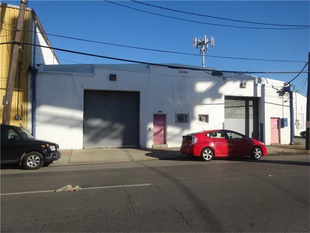 1152 MAGAZINE Street, New Orleans, LA 70130