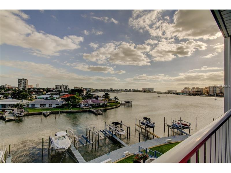 610 ISLAND WAY 405, CLEARWATER BEACH, FL 33767