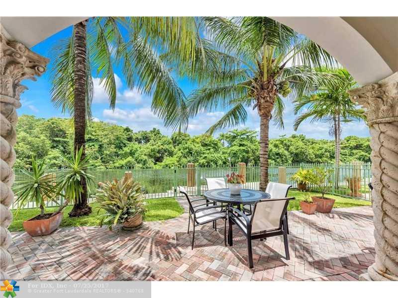 2949 Hidden Harbour St, Fort Lauderdale, FL 33312