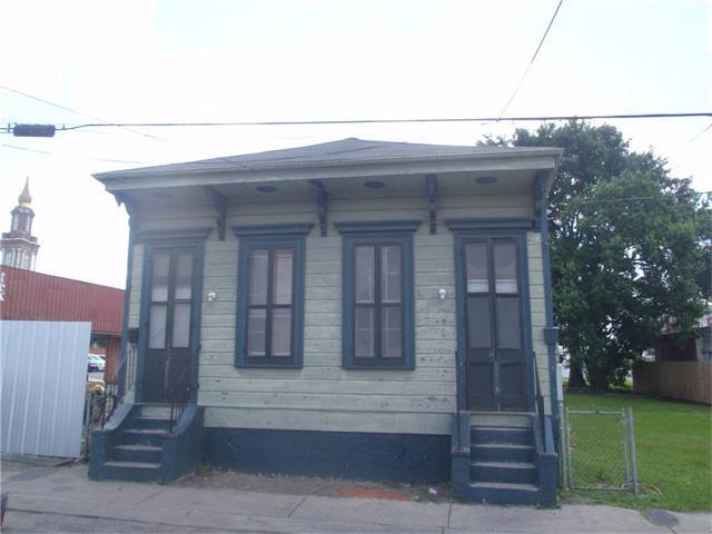 1232 S SARATOGA Street, New Orleans, LA 70113
