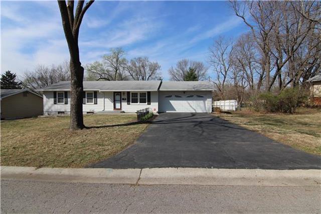 12110 W 70TH Terrace, Shawnee, KS 66216