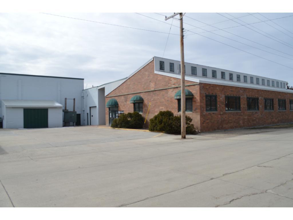1005 W Elm Avenue, Olivia, MN 56277