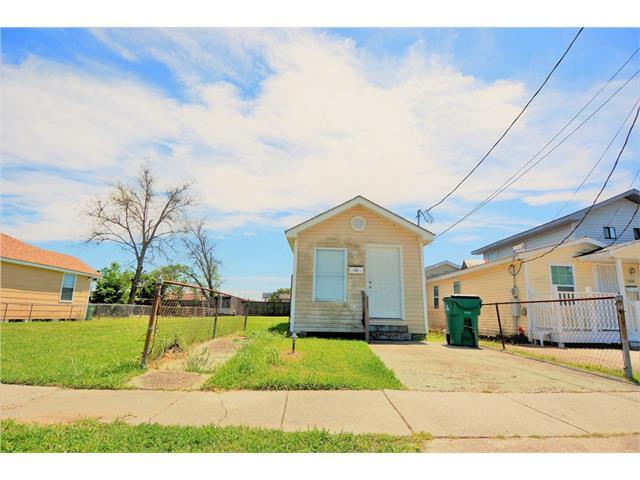 1308 COOK Street, Gretna, LA 70053