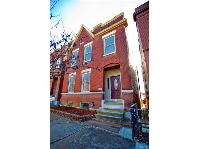 1952 Wyoming Street, St Louis, MO 63118