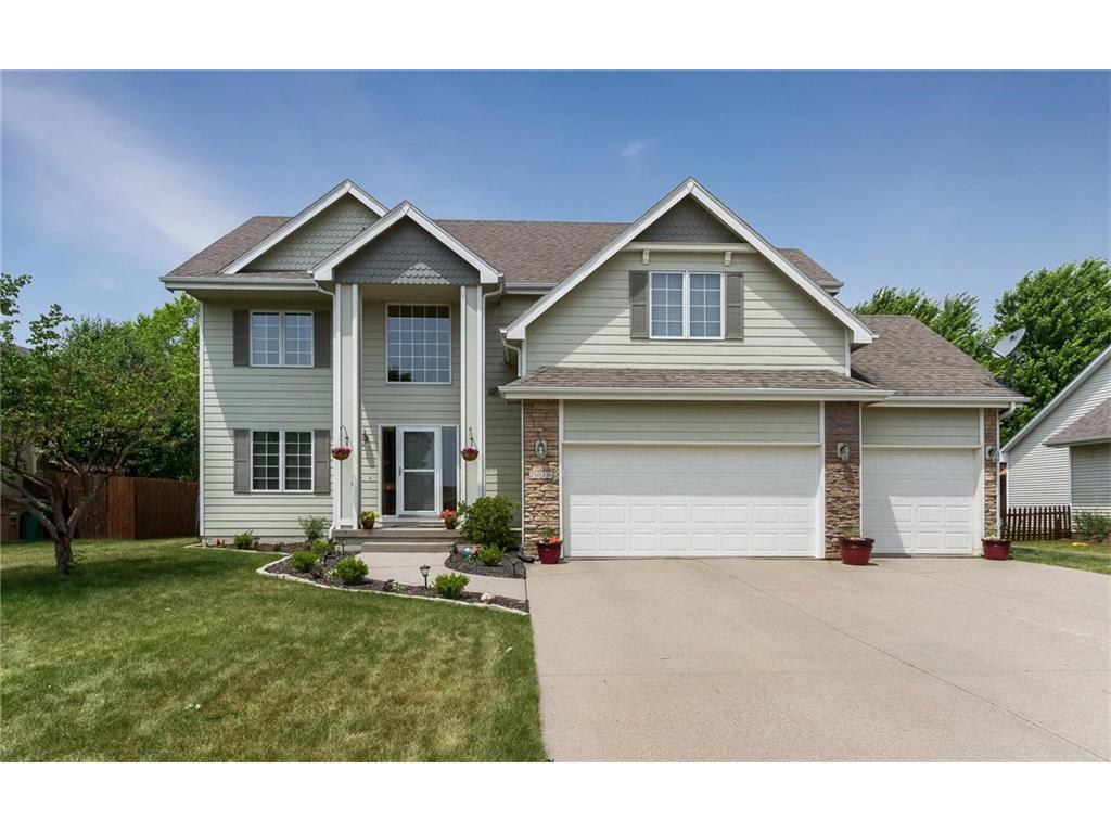 1016 11th Avenue SE, Altoona, IA 50009
