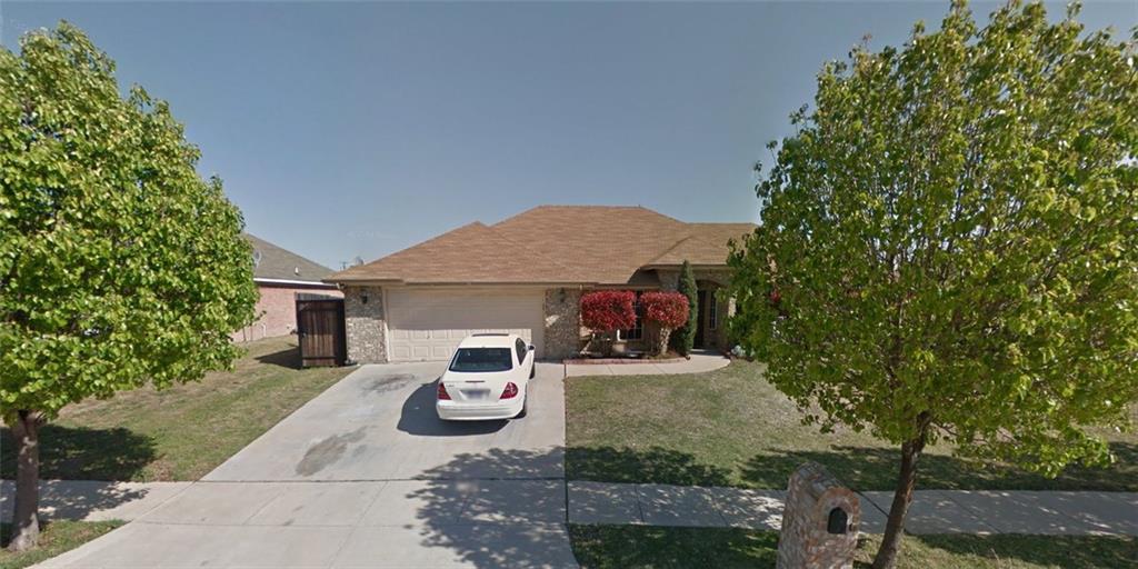 105 Quail Briar Lane, Arlington, TX 76002