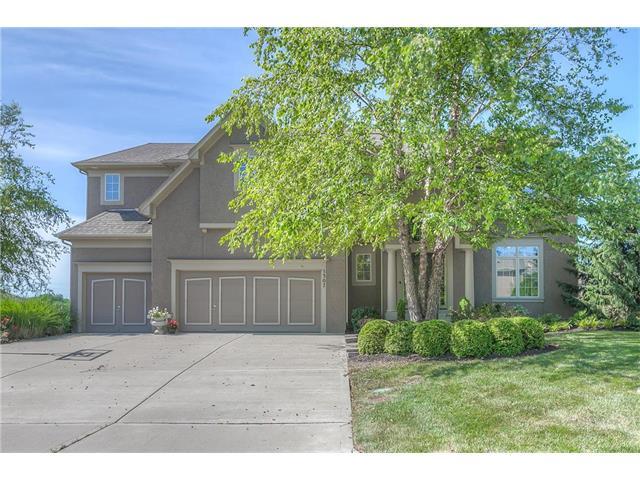 5307 W 164th Place, Overland Park, KS 66085
