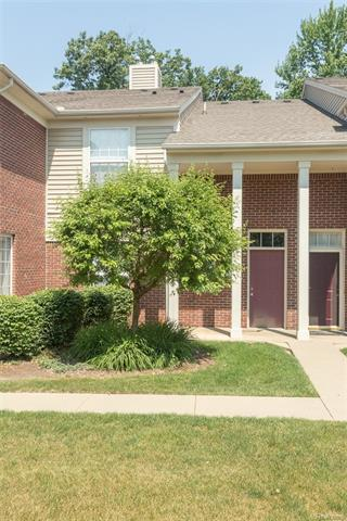 1682 DEEPWOOD Circle, Rochester, MI 48307