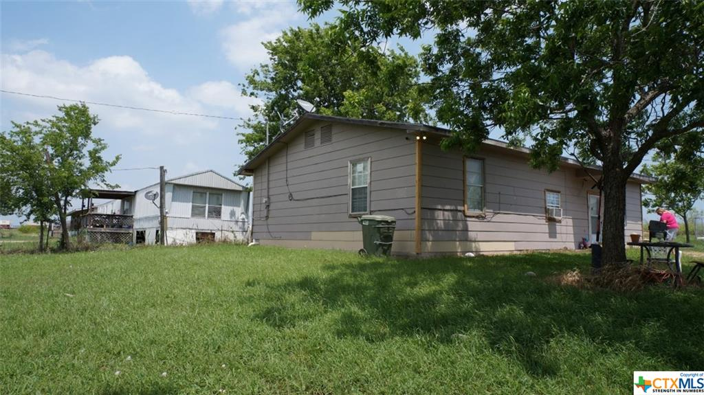 10481 Knob Hill Rd, Rogers, TX 76569