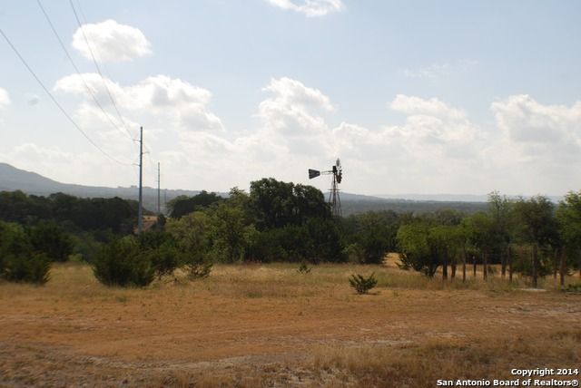 3761 Forest Trail Drive, Bandera, TX 78003