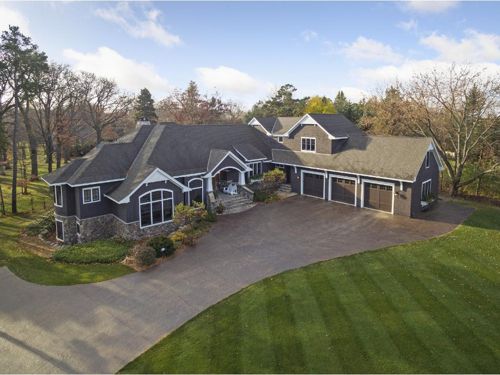 915 Pleasant View Road, Chanhassen, MN 55317