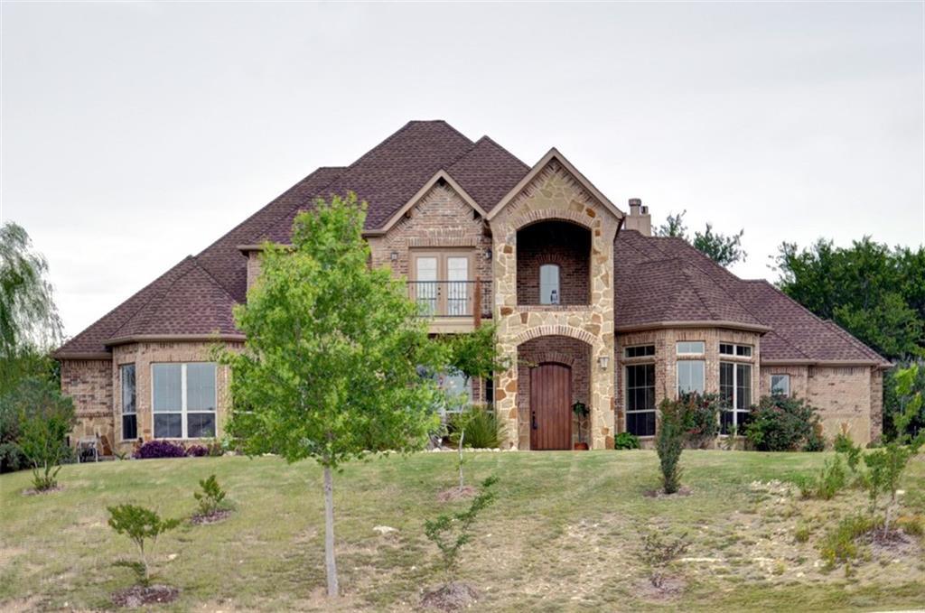 8324 Deerwood Forest Drive, Benbrook, TX 76126
