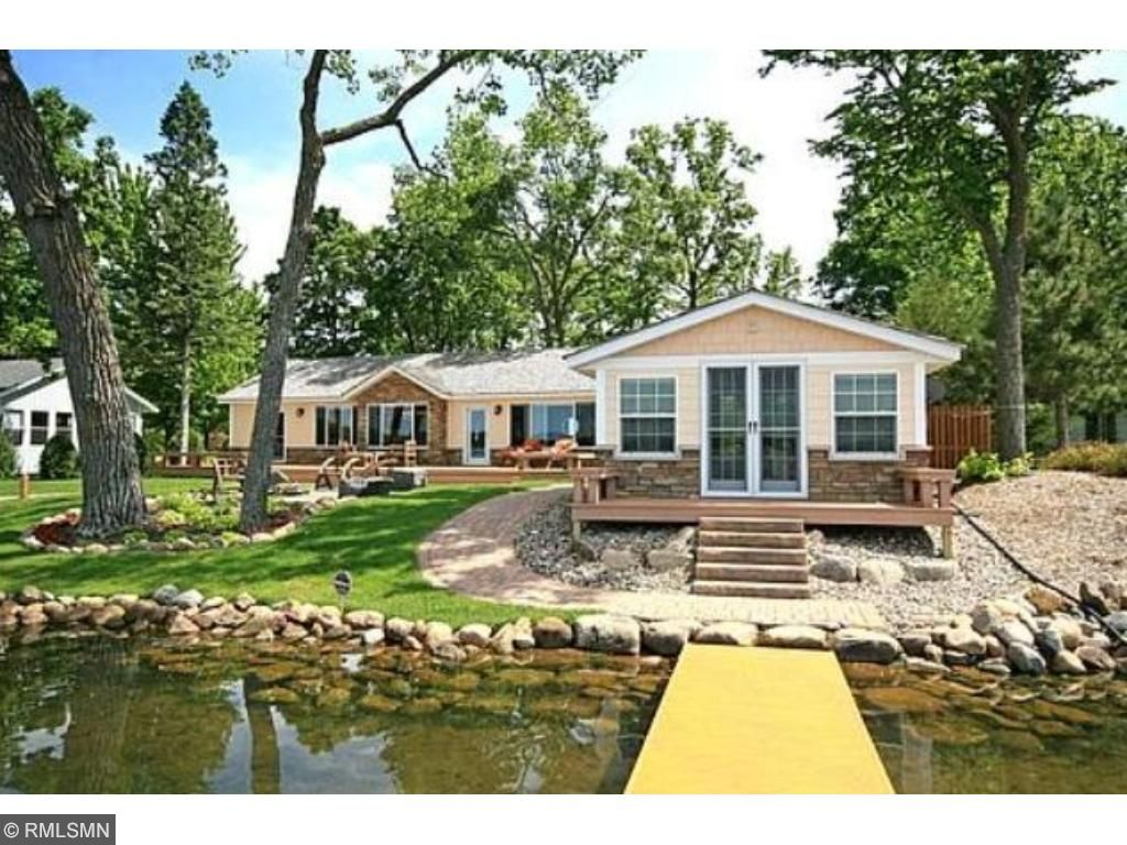 11261 Kimball Avenue NW, Annandale, MN 55302
