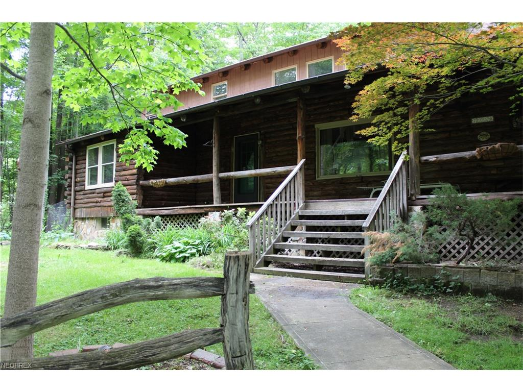 7730 Mulberry Rd, Chesterland, OH 44026