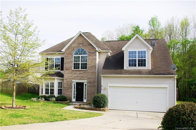 8910 Woodland Hills Road, Charlotte, NC 28269