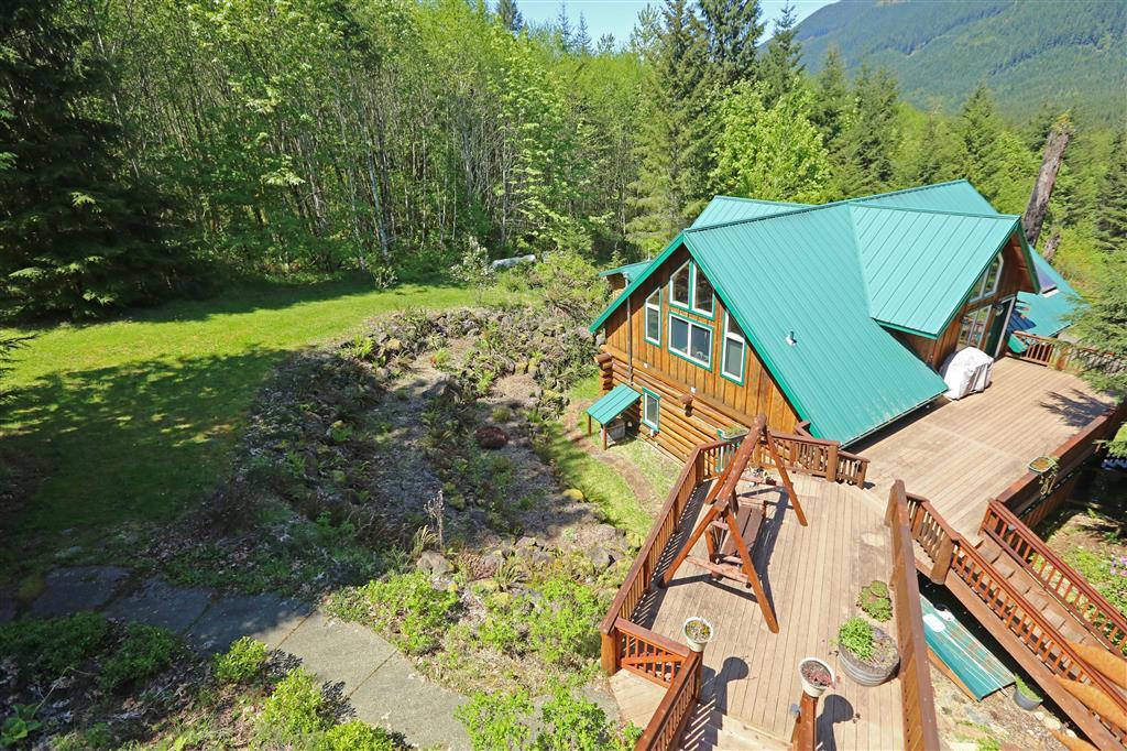 243 Bear Mountain Rd, Morton, WA 98356