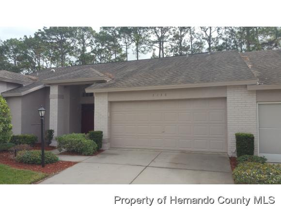 3136 WHISPERING PINES CT, Spring Hill, FL 34606