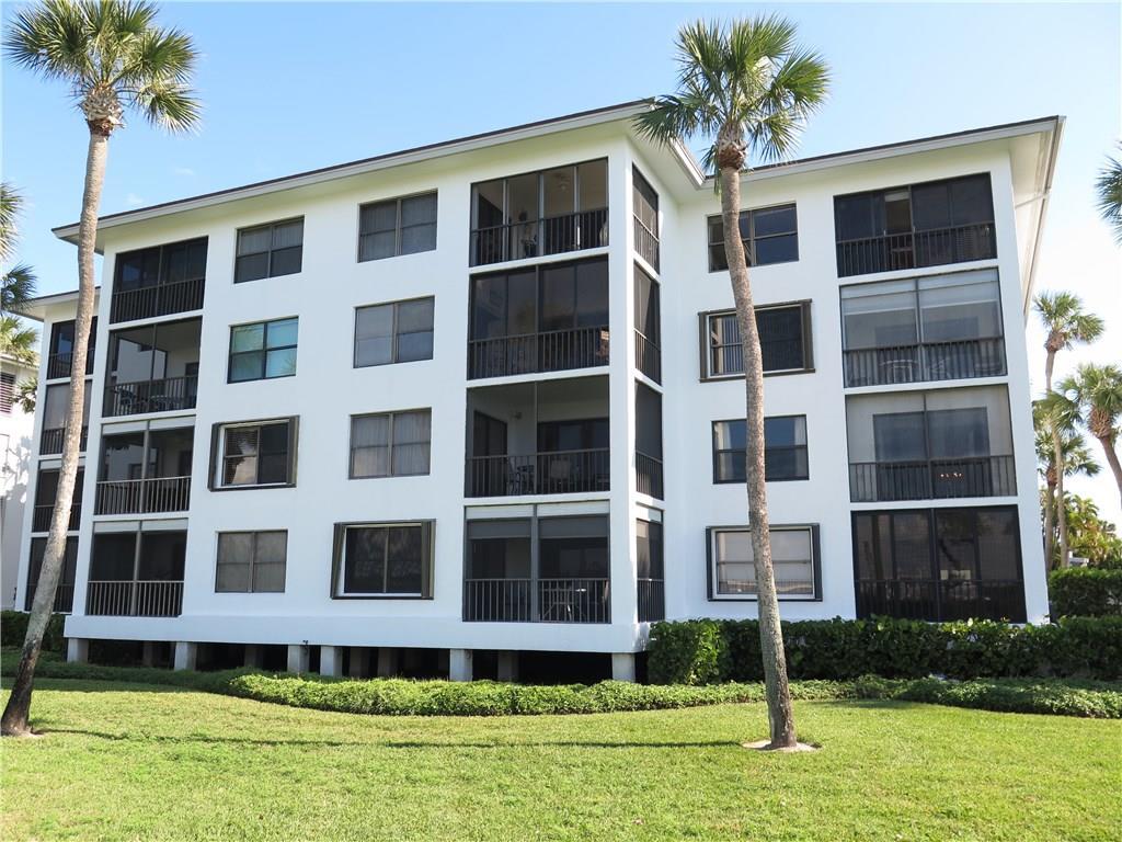 350 NE Edgewater Drive 3-103, Stuart, FL 34996