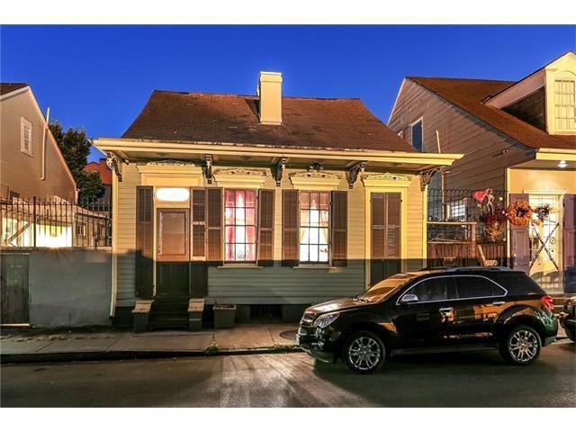 1030 BURGUNDY Street, New Orleans, LA 70116