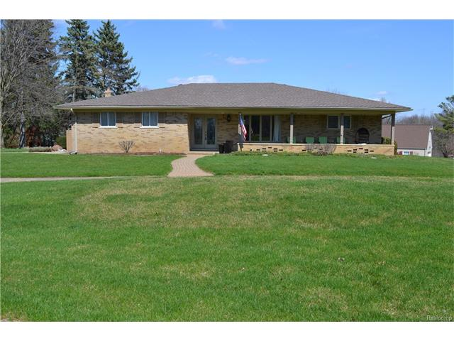 177 COACHLAMP RD, Oakland Twp, MI 48306