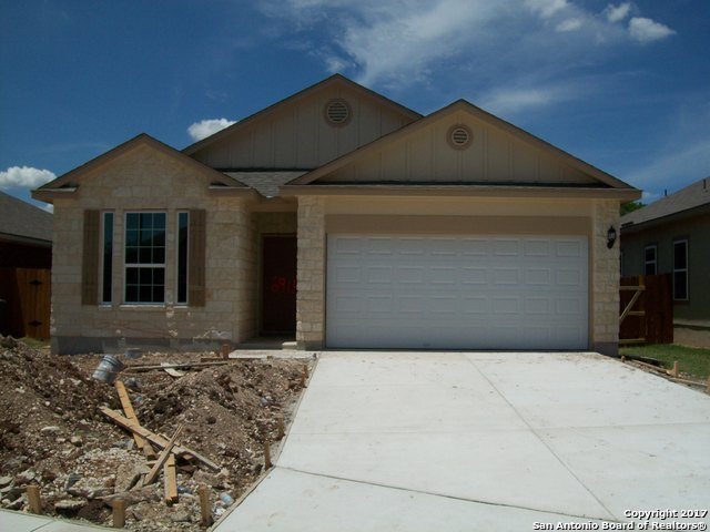 8915 Ramelle Cv, San Antonio, TX 78250