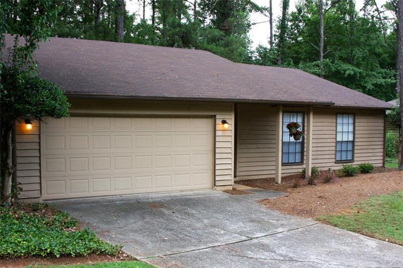 295 Parkmont Court, Roswell, GA 30076