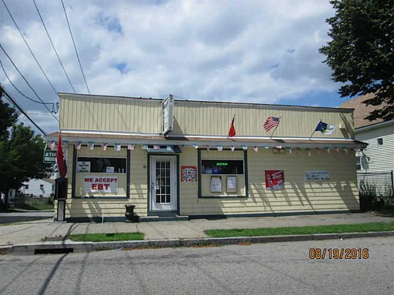 85 BURGESS AV, East Providence, RI 02914