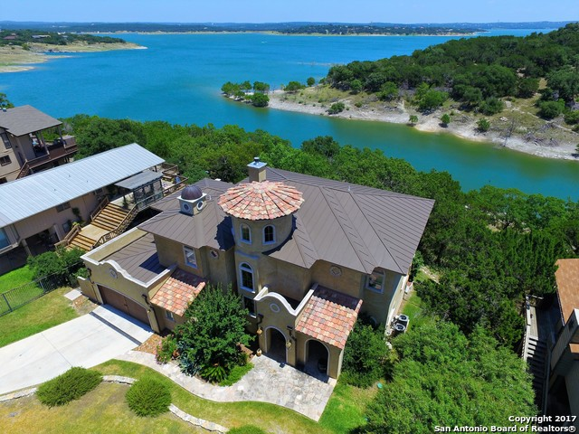 433 RIVIERA DR, Canyon Lake, TX 78133
