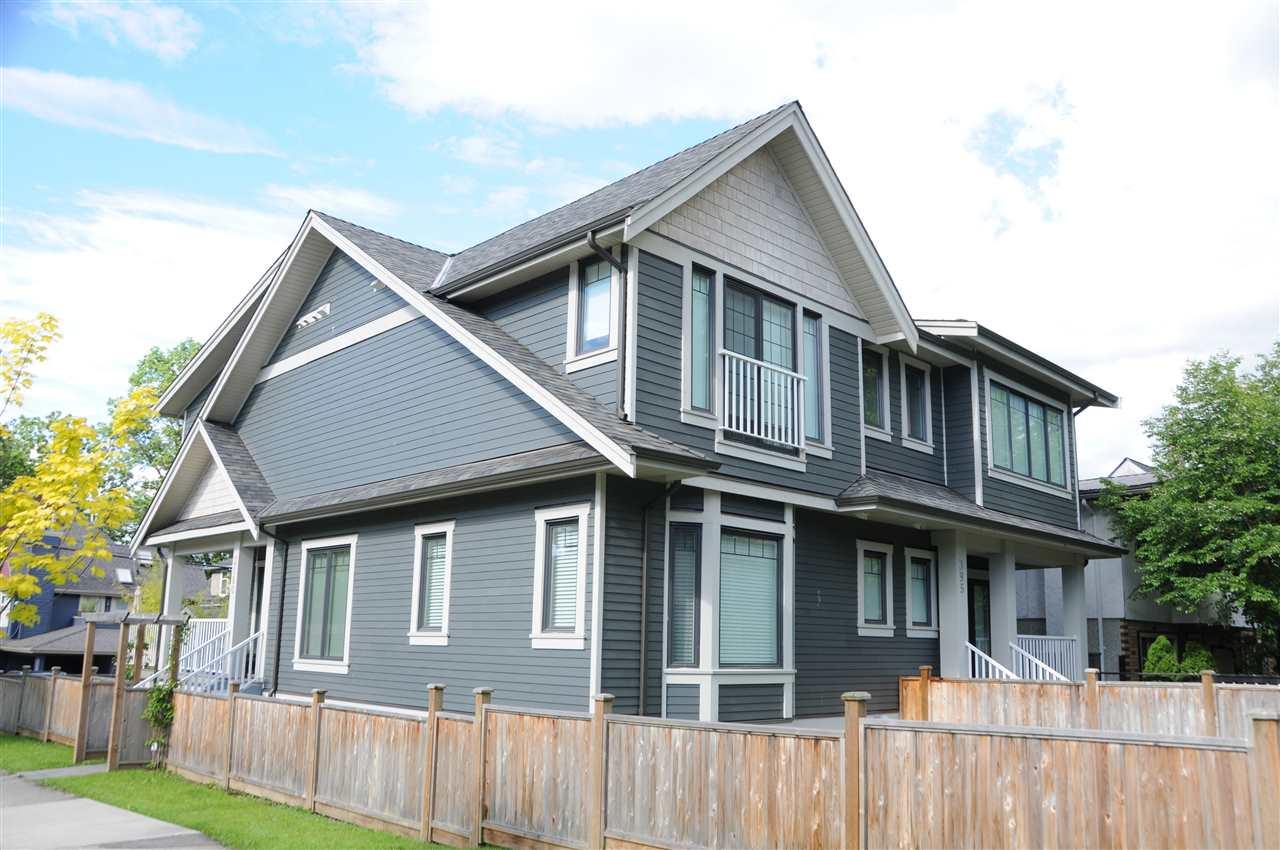 3180 YUKON STREET, Vancouver, BC V5Y 3R7