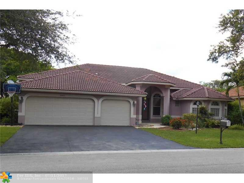 5743 NW 101st Dr, Coral Springs, FL 33076
