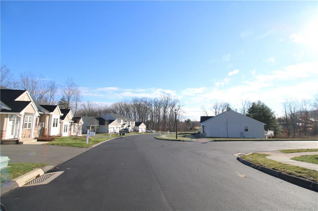16 Woodridge Drive 16