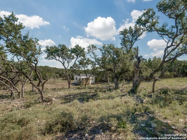 492 County Road 232, Hondo, TX 78861