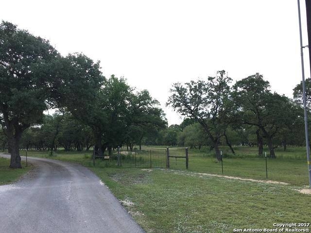 149 SCHEELE RD, Boerne, TX 78015