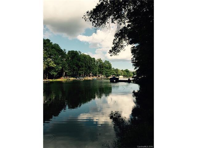 4049 River Oaks Road, Lake Wylie, SC 29710
