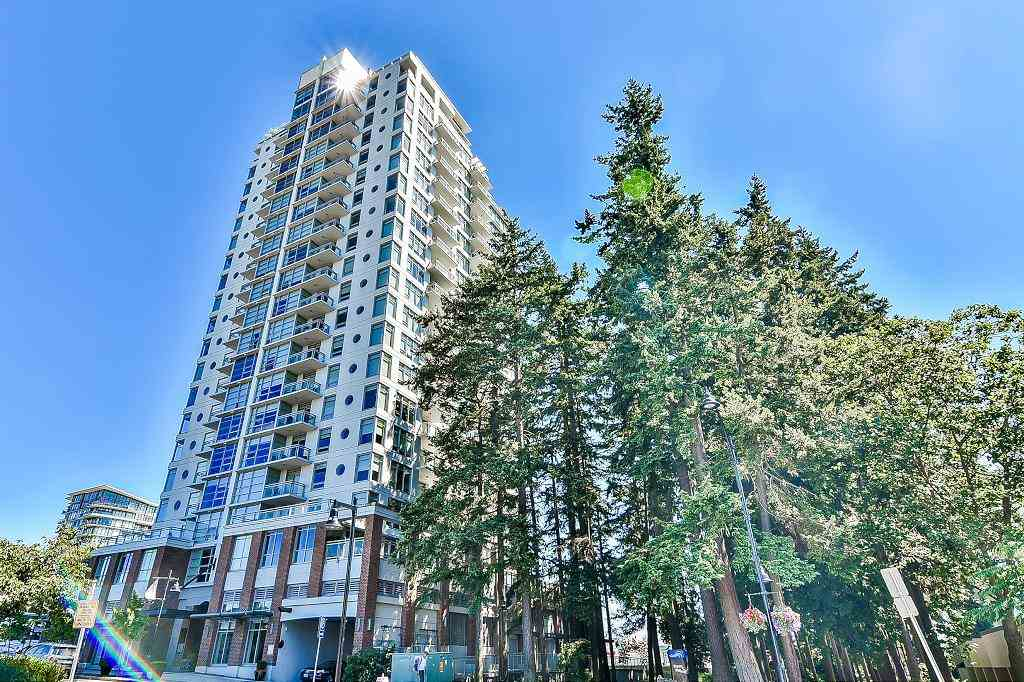 15152 RUSSELL AVENUE 801, White Rock, BC V4B 0A3