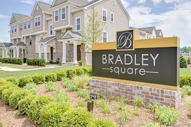 4625 Bradley Circle 8, Troy, MI 48085
