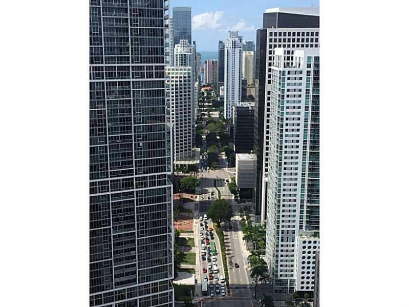 200 Biscayne Boulevard W 4408, Miami, FL 33131