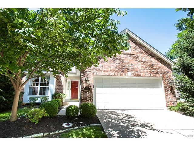 1357 Redwood View Court, St Louis, MO 63146